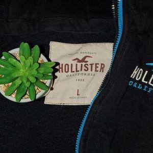 Hollister Shirts - 🧥Sweatshirt🧥 ---- HOLLISTER